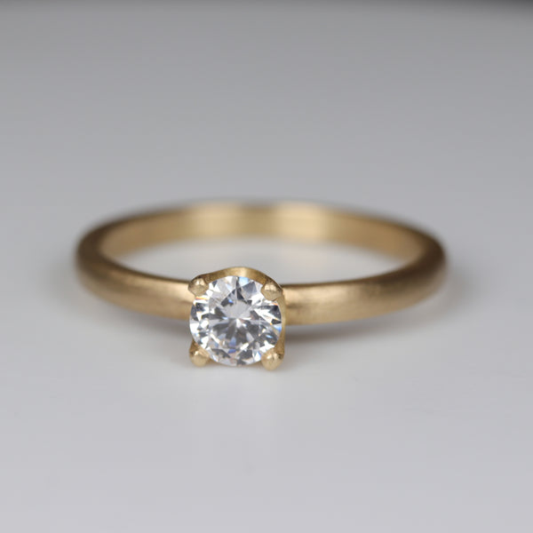 5mm Crown Solitaire •