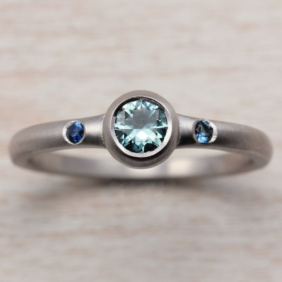 Montana Sapphire and Palladium Engagement Ring, Engagement Ring - Aide-mémoire Jewelry