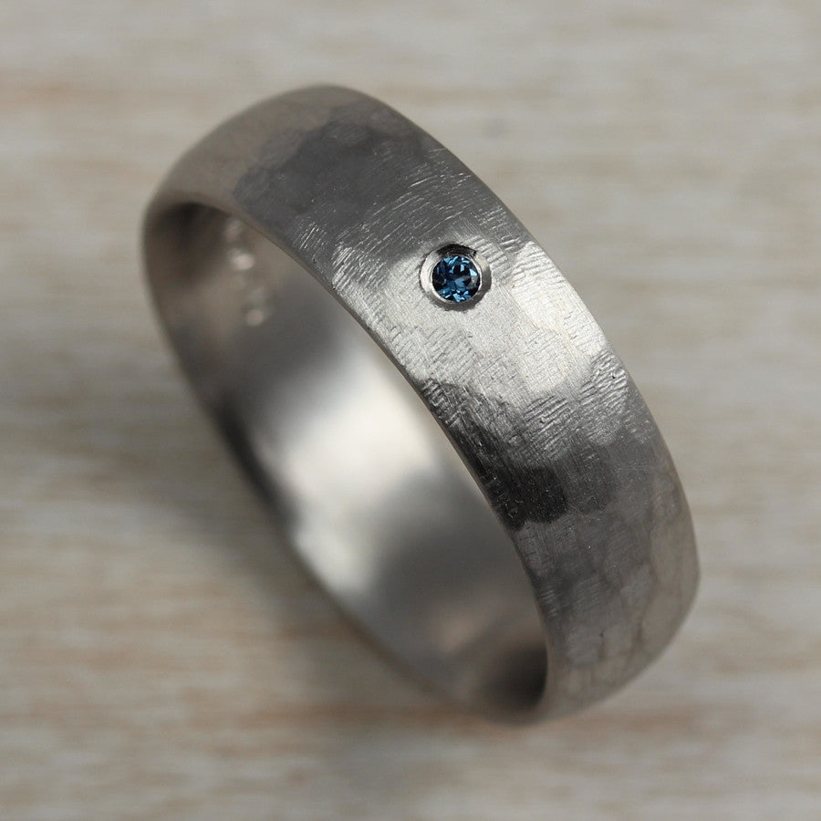 Stone Texture Hand-carved Classic Band with Australian Sapphire, Engagement Ring - Aide-mémoire Jewelry