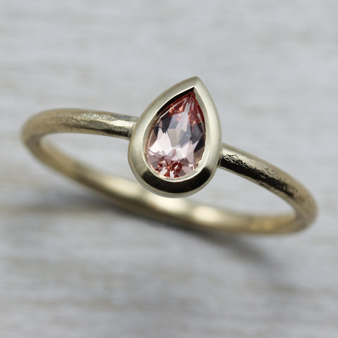 Pear Solitaire with Peach Padparadscha Sapphire in 14k Yellow Gold, Engagement Ring - Aide-mémoire Jewelry