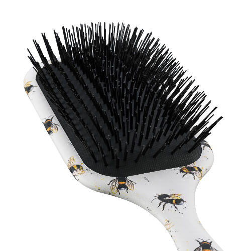Close up of Denman D90L Bee Brush Bristles