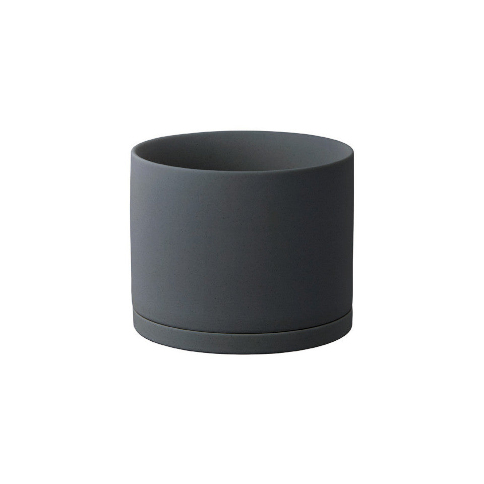 191 porcelain plant pot dark grey.