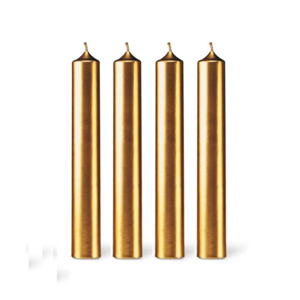 4 gold dinner candles.