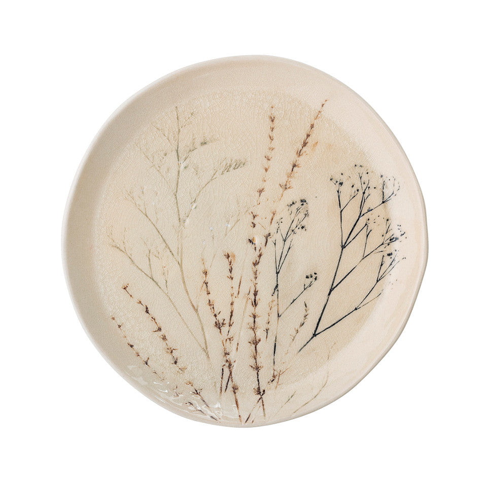 Bea dinner plate (27.5 cm), crackle glazed stoneware, natural with impressed wildflower motif.