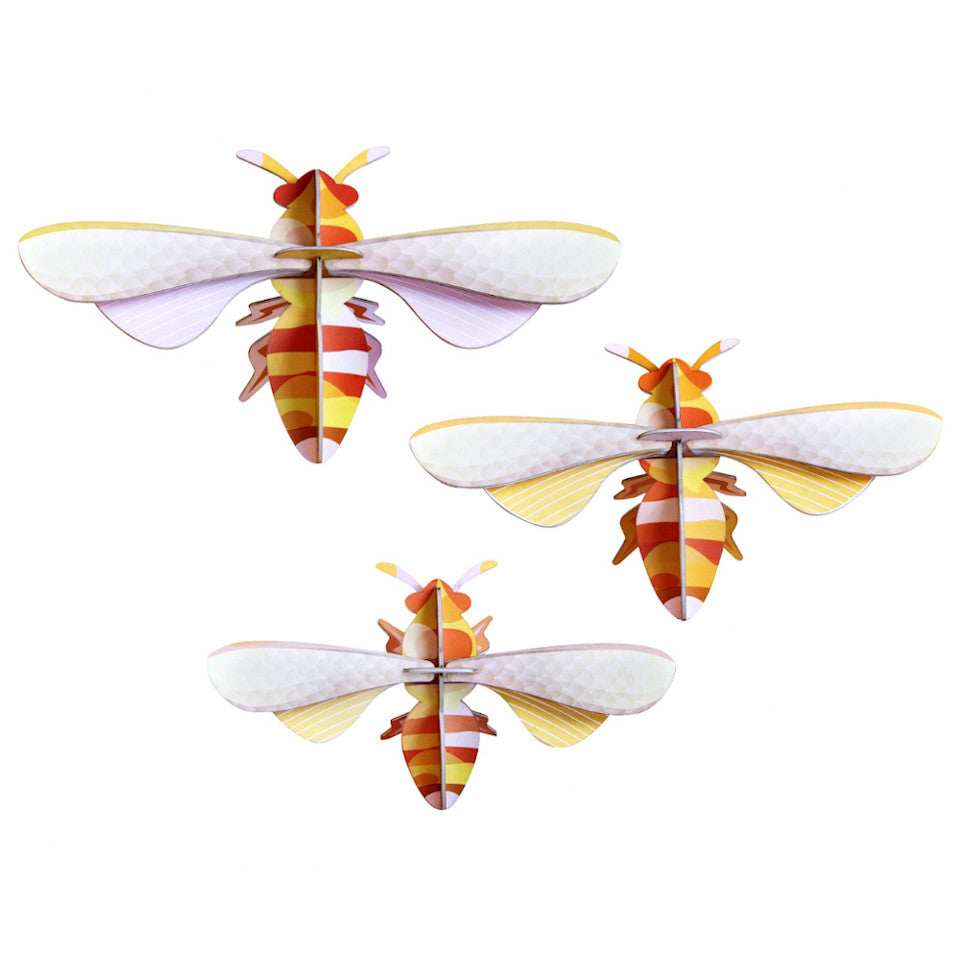 Honey bee wall decration, set of 3.