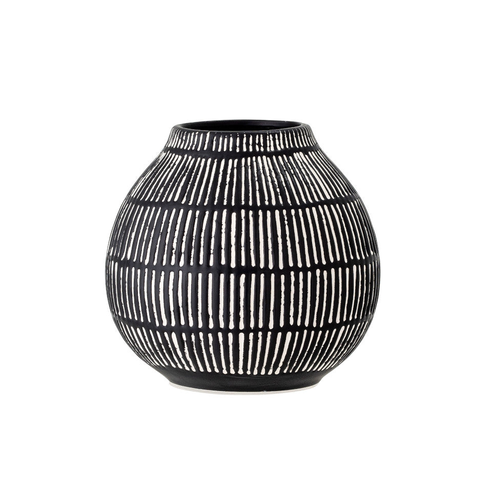 Elveda vase, onion-shaped black stoneware with rows of white verticle lines.