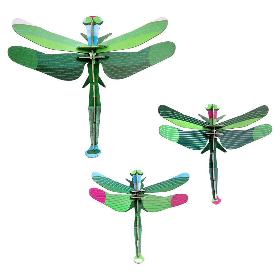 Green dragonfly wall decoration, set of 3.