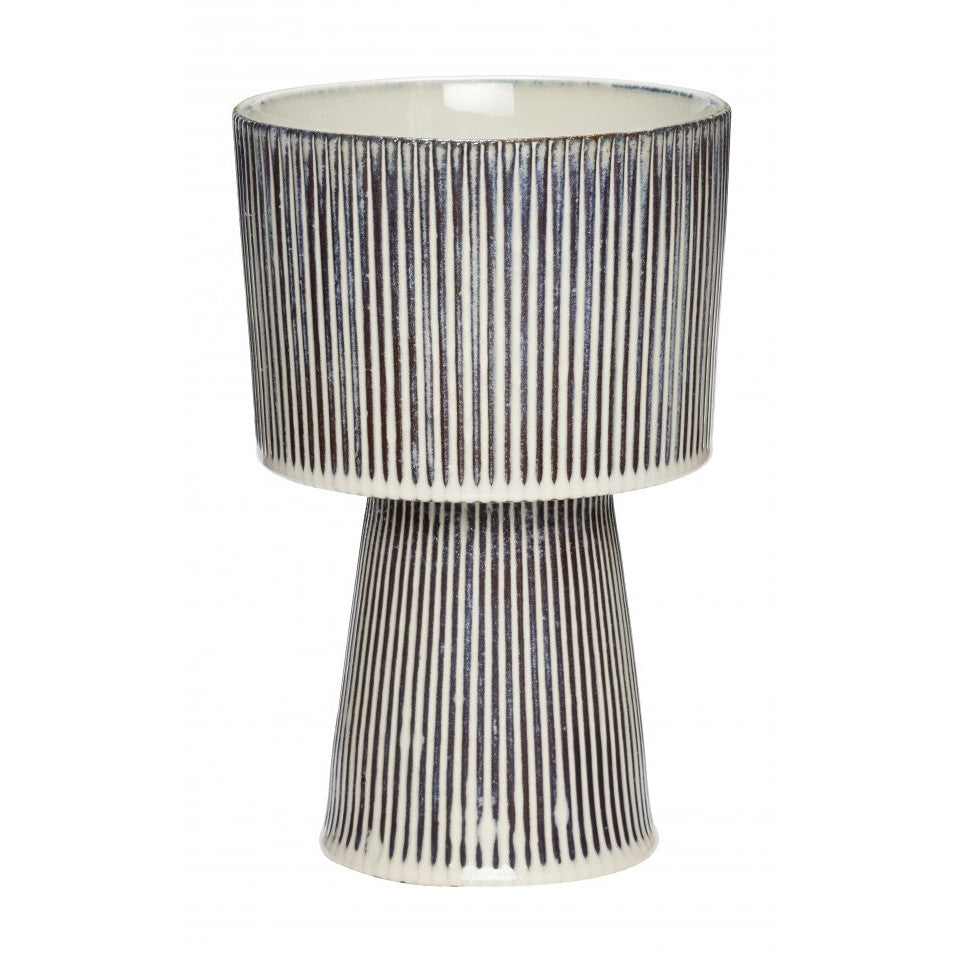 Pedestal palnt pot with black and white pinstripe glaze, large.