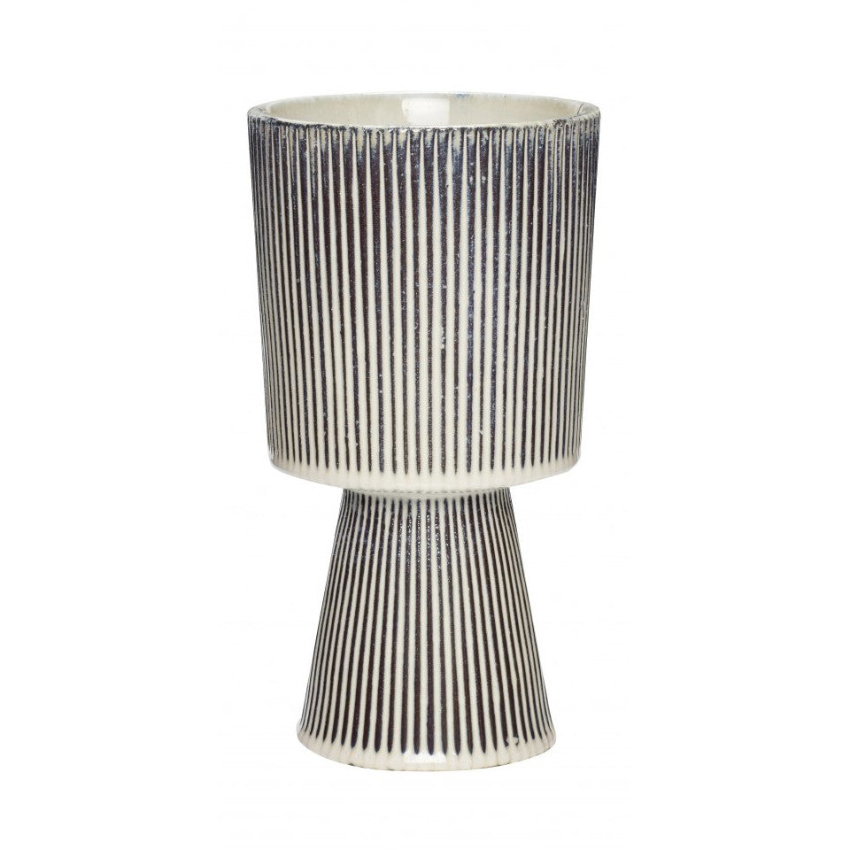 Pedestal palnt pot with black and white pinstripe glaze, small.