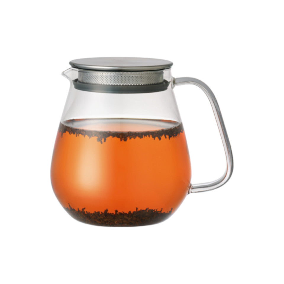 Unitea glass 720 ml teapot with stainless steel strainer lid, with tea.
