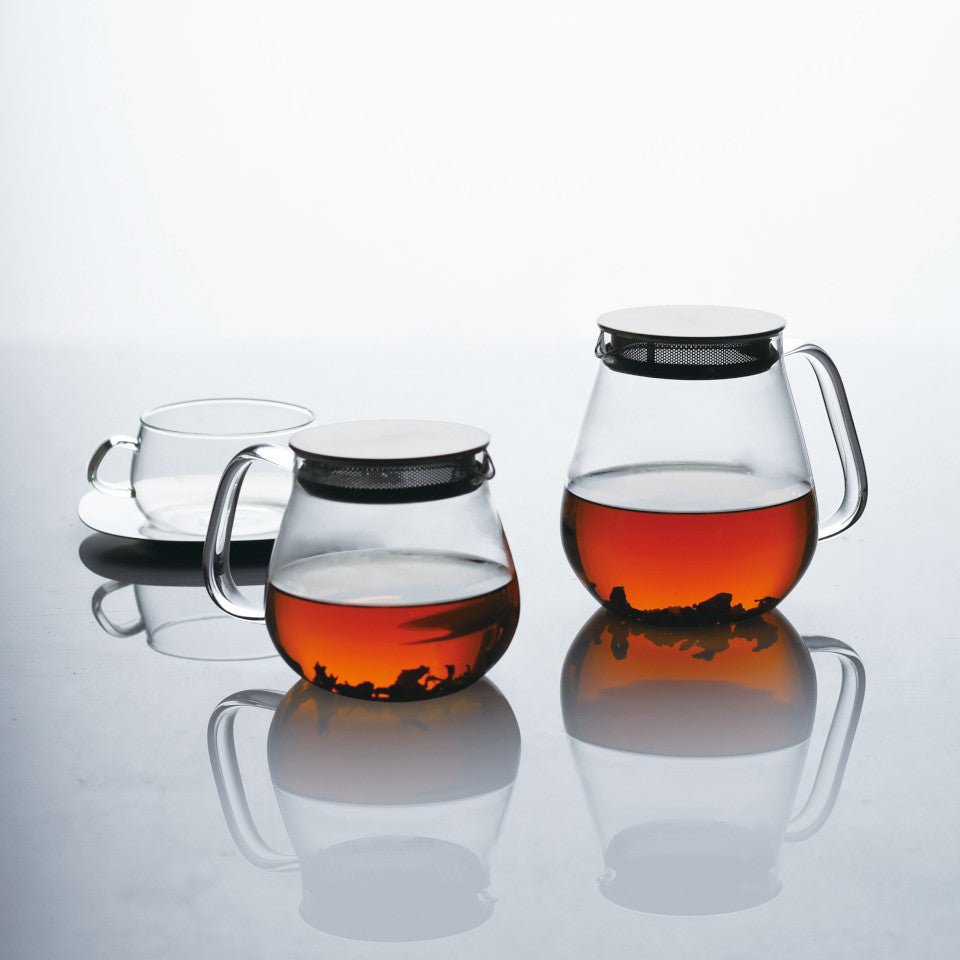 Unitea glass 460 ml and 720 ml teapots with stainless steel strainer lid, styled.