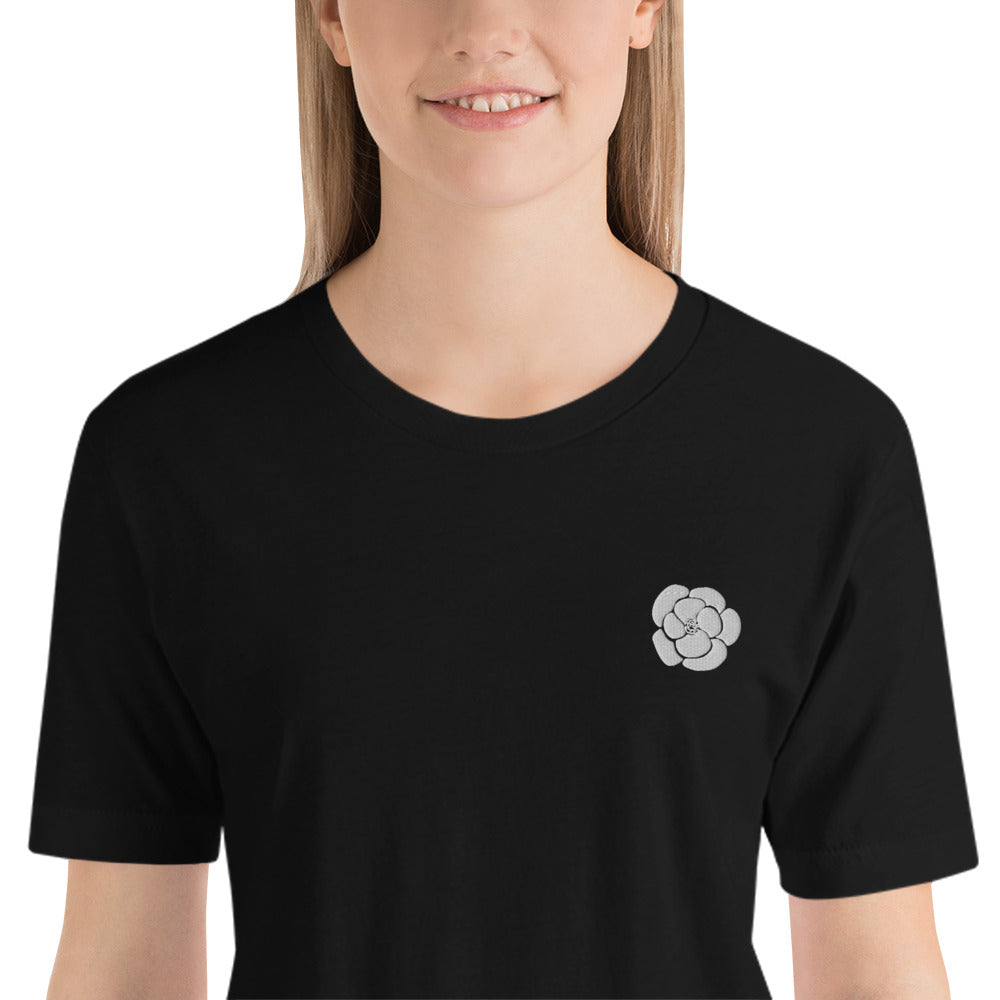 Camellia Embroidery T-shirt