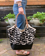 Load image into Gallery viewer, Convertible Tote Bag