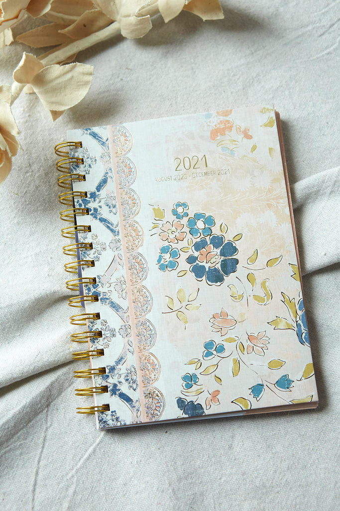 Patina Vie Engagement Planner