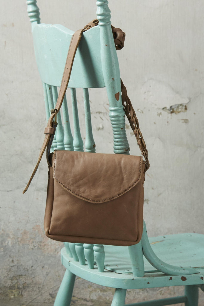 Vintage Linked Strap Crossbody - Patina Vie