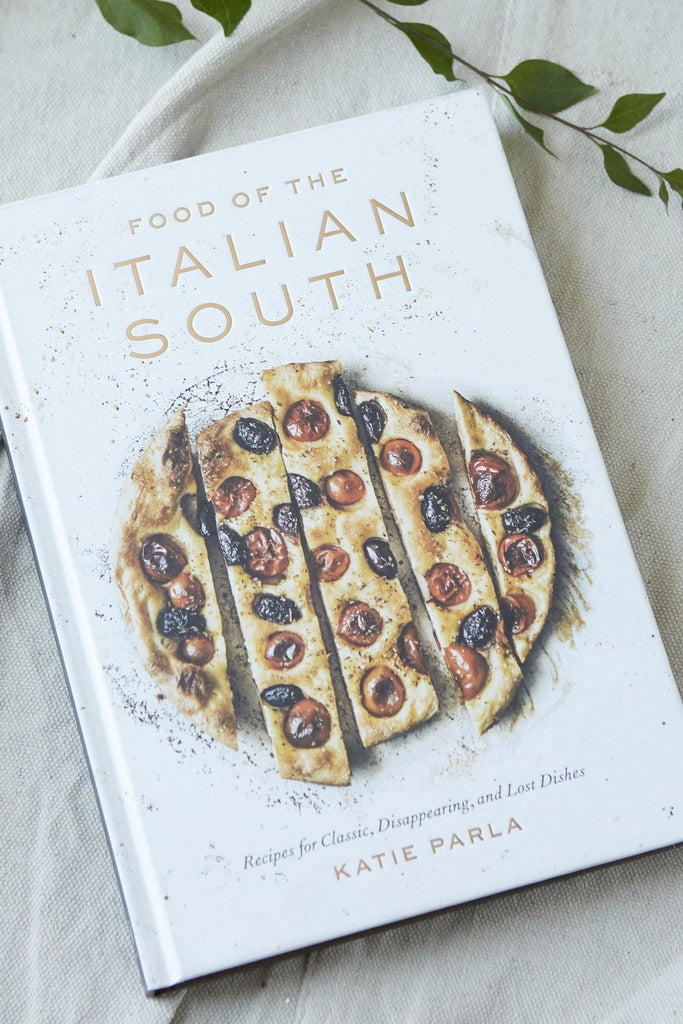 Food of the Italian South: Recipes for Classic, Disappearing, and Lost Dishes: A Cookbook - Patina Vie