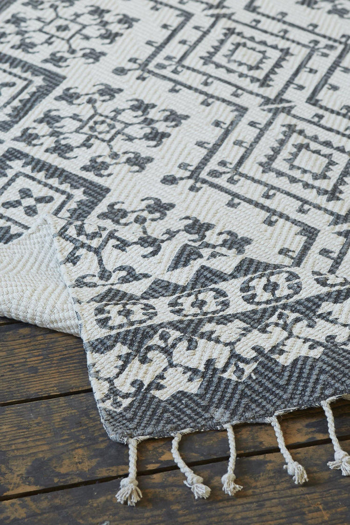Sabinas Grey Accent Rug