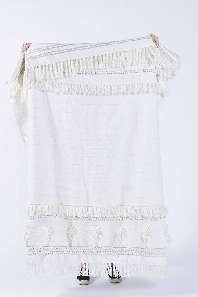 White Diamond Pattern Throw with Fringe