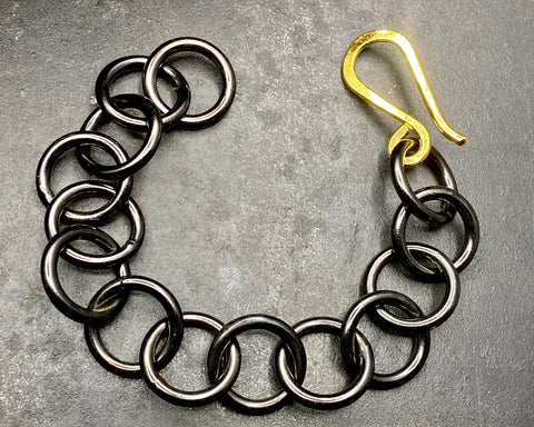 Round Link Bracelet - Black & Yellow