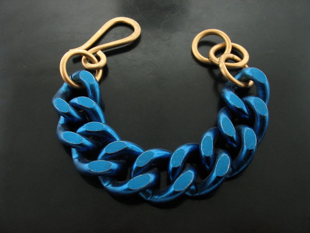 Blue Curb Chain Link Bracelet WITH YELLOW BRONZE CLASP