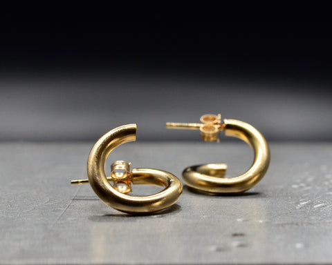 CONTOUR HOOPS - YELLOW GOLD