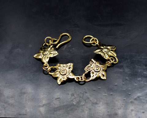 Flower Link Bracelet - Yellow Gold