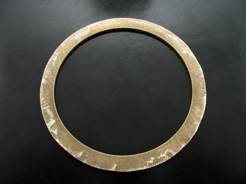 DISTRESSED FLAT BANGLE