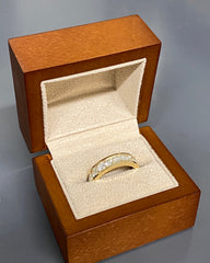 MEAGHAN'S RING YELLOW GOLD