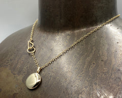 LOCKET NECKLACE YELLOW GOLD