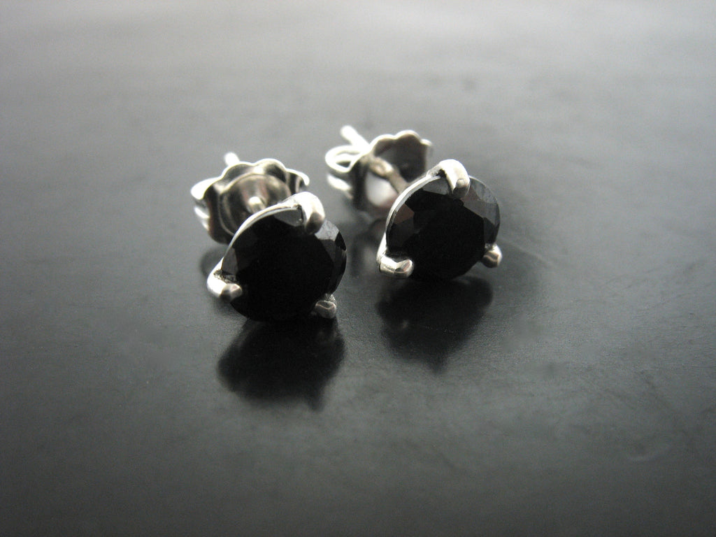 BLACK TOPAZ CRYSTAL STUDS