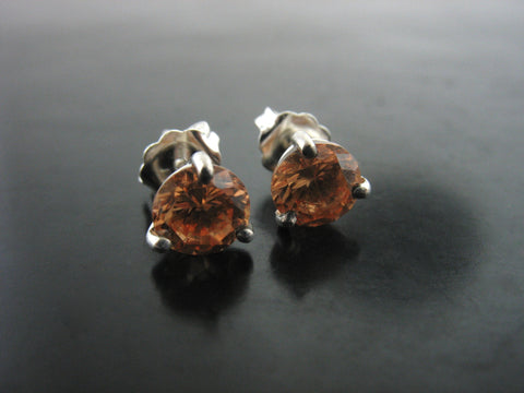 CHAMPAGNE TOPAZ CRYSTAL STUDS