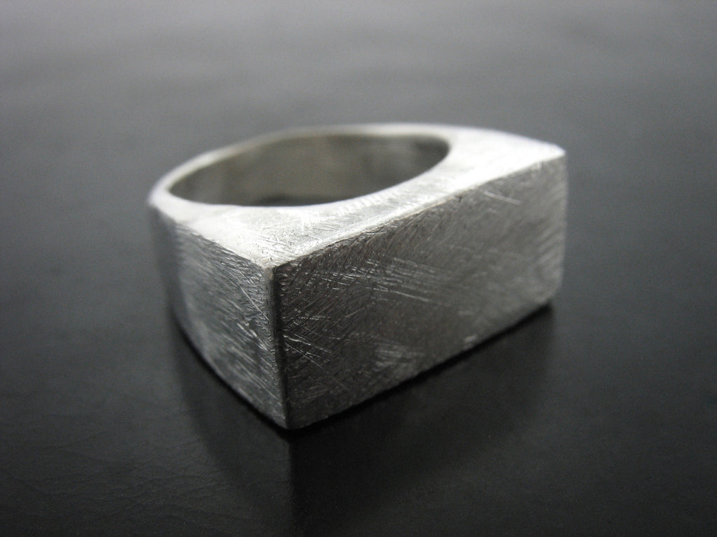 SCRATCHED CINEMATIC RING- MEN'S SIZE