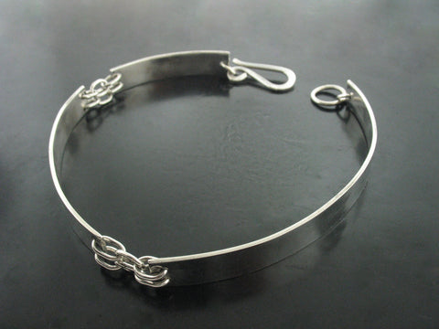 London Triple Sheet Choker