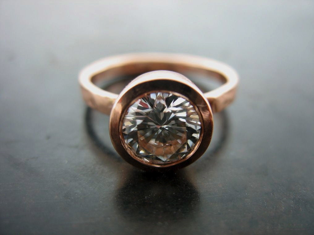Michelle's Engagement Ring, Rose Gold Round Brilliant Cut Diamond Set In White Gold