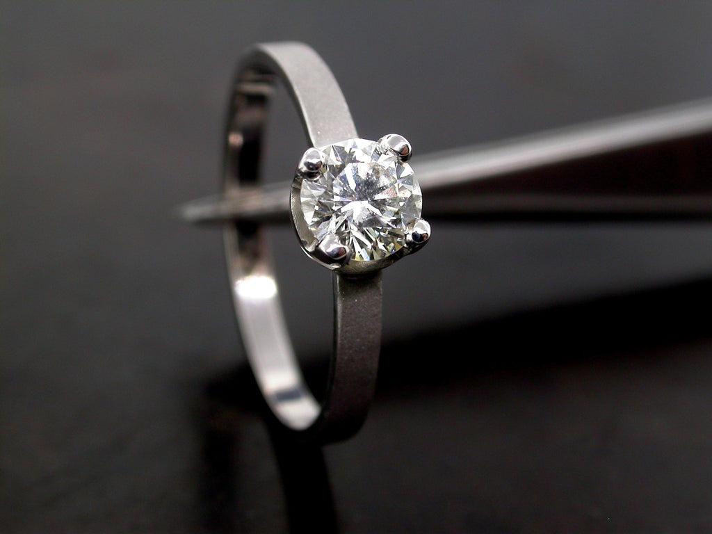 Dusha Engagement Ring- White Gold and Round Brilliant Cut Diamond