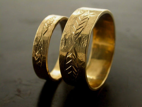 Leaf Carved Engraved Wedding Bands, Yellow Gold