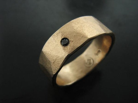 Zeus Wedding Ring - Yellow Gold and Black Diamond