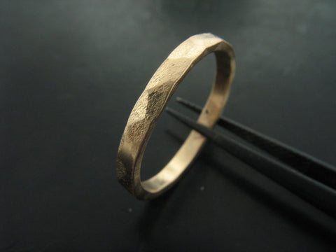ZEUS 2 mm wide ring  - yellow gold