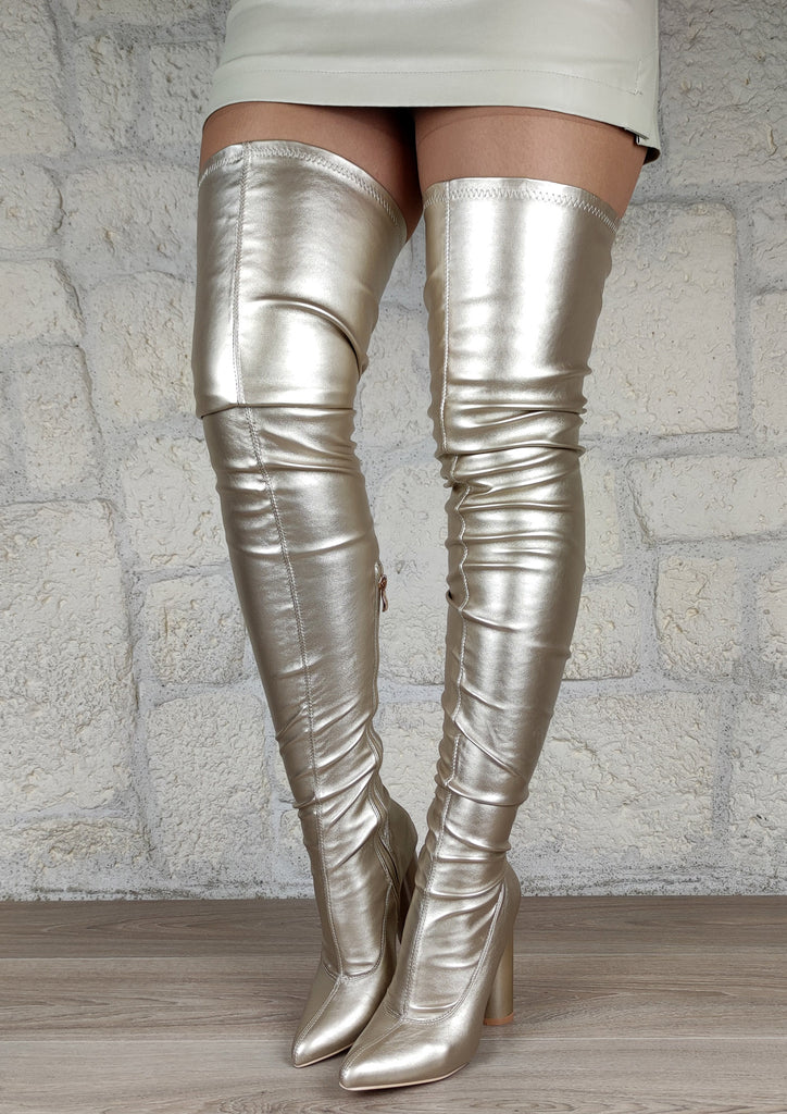Cuissardes femme pointues : champagne