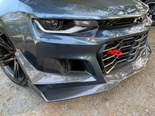 Load image into Gallery viewer, 2017-2019 CHEVROLET CAMARO ZL1 1LE TYPE-LE FRONT BUMPER AIR DUCT BEZELS