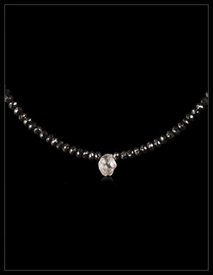 Hvid & Sort Diamantcollier - <strong>1.50 ct.</strong>