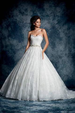 Alfred Angelo style 893 Wedding Dress front view