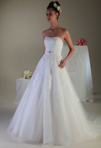 Venus Bridal PA9093 Front AT4562