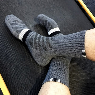 1 Pair Breathable Socks Solid Color Socks Cotton Men Fashion In Tube Socks Winter Male Casual Business Socks