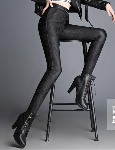 2020 New Spring Autumn Winter Soft PU Leather Pant Women Velvet Pants Warm Stretch Skinny Trousers Pencil Leather Leggings 750i