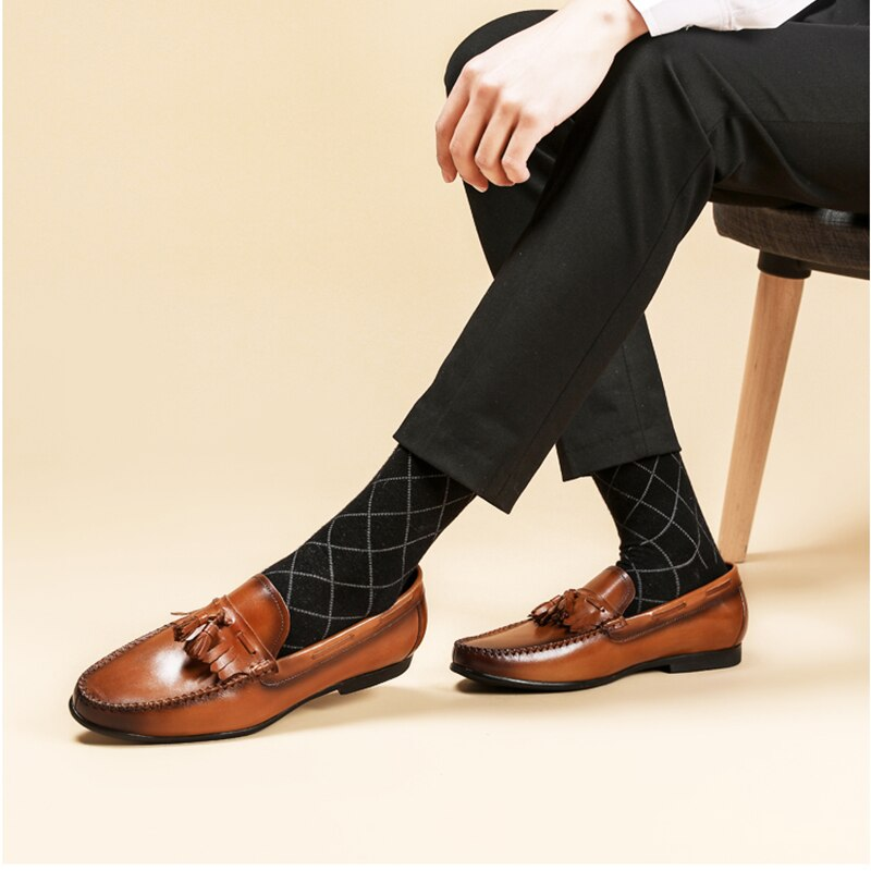 Men's Loafers Slip on Genuine Leather Brown Casual Tassel Business Tassel Party Wedding Mens Footwear Shoes 2020