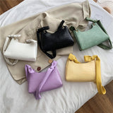 Retro Crocodile Pattern Baguette Bag Women Fashion PU Leather Armpit Bag French Shoulder Bag Luxury Design Handbag and Purse