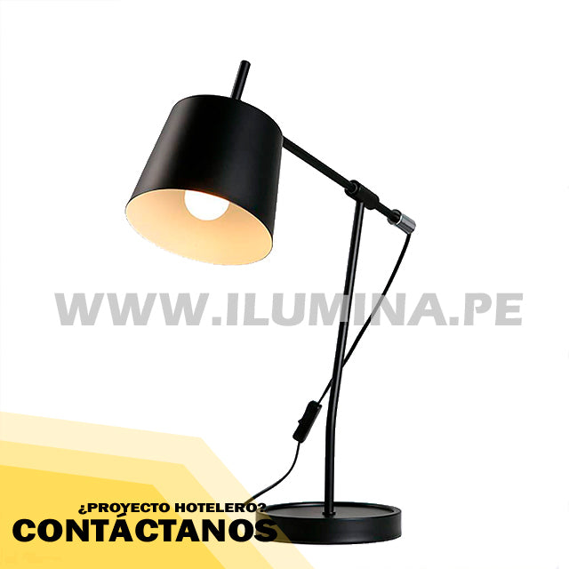 LÁMPARA DE MESA ORIENTABLE MEGAN
