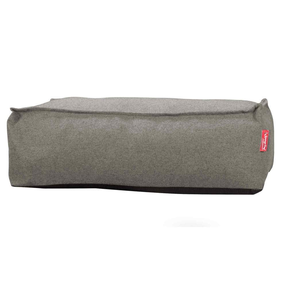 cloudsac-footstool-100-l-interalli-wool-silver_1