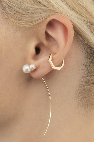 Double Akoya Pearl Arrow Earring, gold